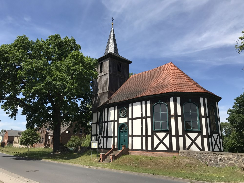 Altlüdersdorfer Fachwerkkirche